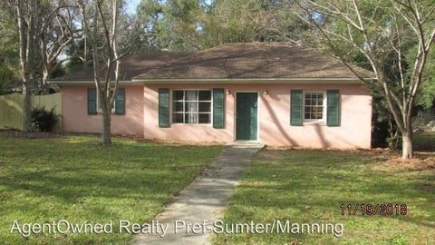 Photo of 44 S Church St, Summerton, SC 29148