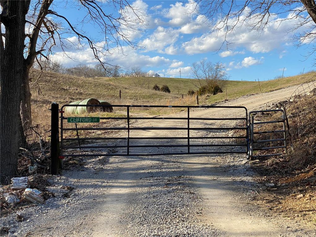 7249 Roscow Hollow Rd Prairie Du Rocher, IL 62277