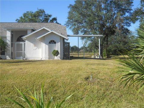 Photo of 1841 Lindsay St, Lehigh Acres, FL 33972
