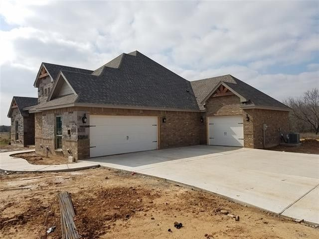 1051 Rio Grande Way, Weatherford, TX 76087 Texas Ranch Style Home Plans Model on