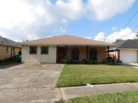 3704 Clearview Pkwy, Metairie, LA 70006