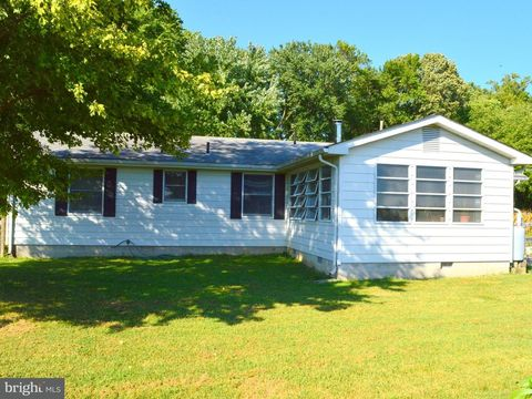 Photo of 4666 Maiden Forest Rd, Rhodesdale, MD 21659