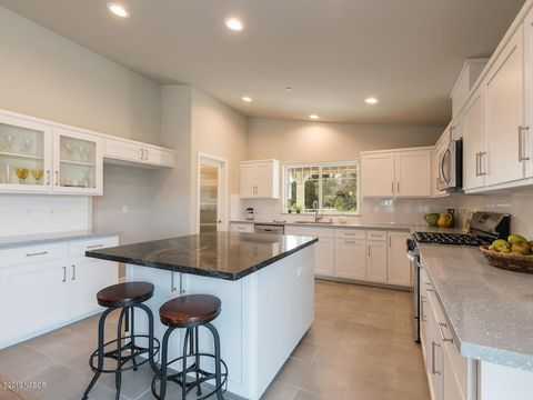 Photo of 650 Sandydale Dr, Nipomo, CA 93444