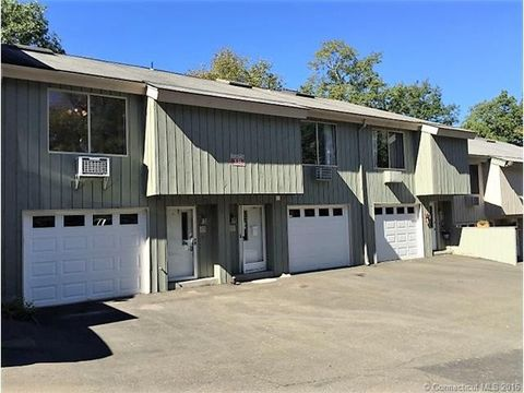 105 Wauwinet Trl, Guilford, CT 06437
