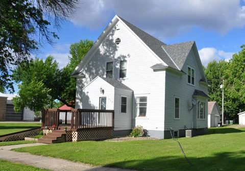 408 4th Ave, Wilmont, MN 56185