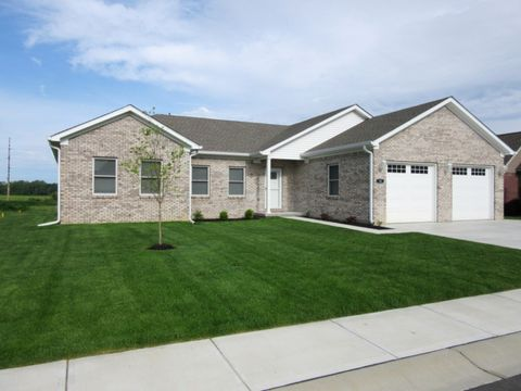 10 Shadow Woods Dr, Crawfordsville, IN 47933