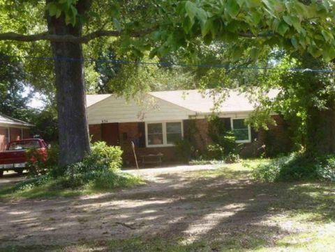 834 Novarese St, Memphis, TN 38122