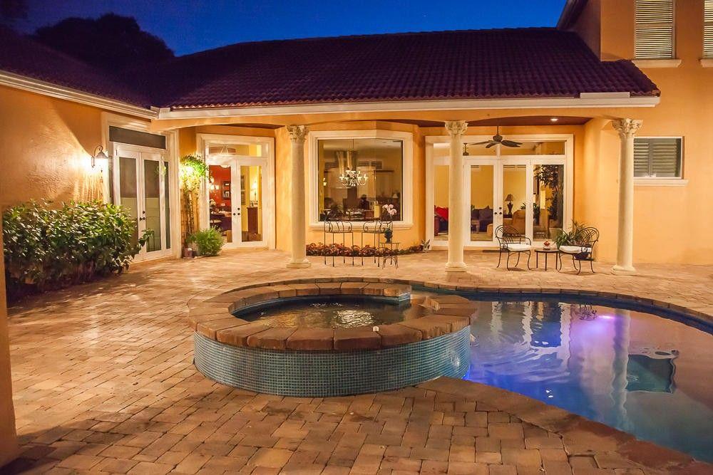 2342 Holly Ln, Palm Beach Gardens, FL 33410
