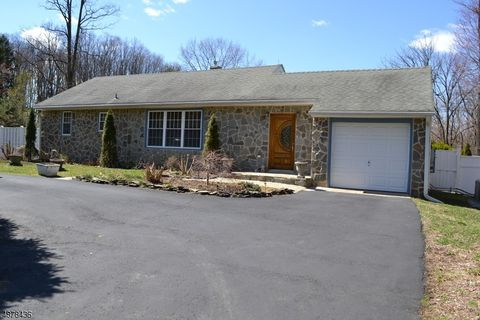 Photo of 512 Route 31 N, West Amwell, NJ 08551
