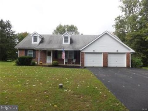 3065 Jacoby Rd, Coopersburg, PA 18036