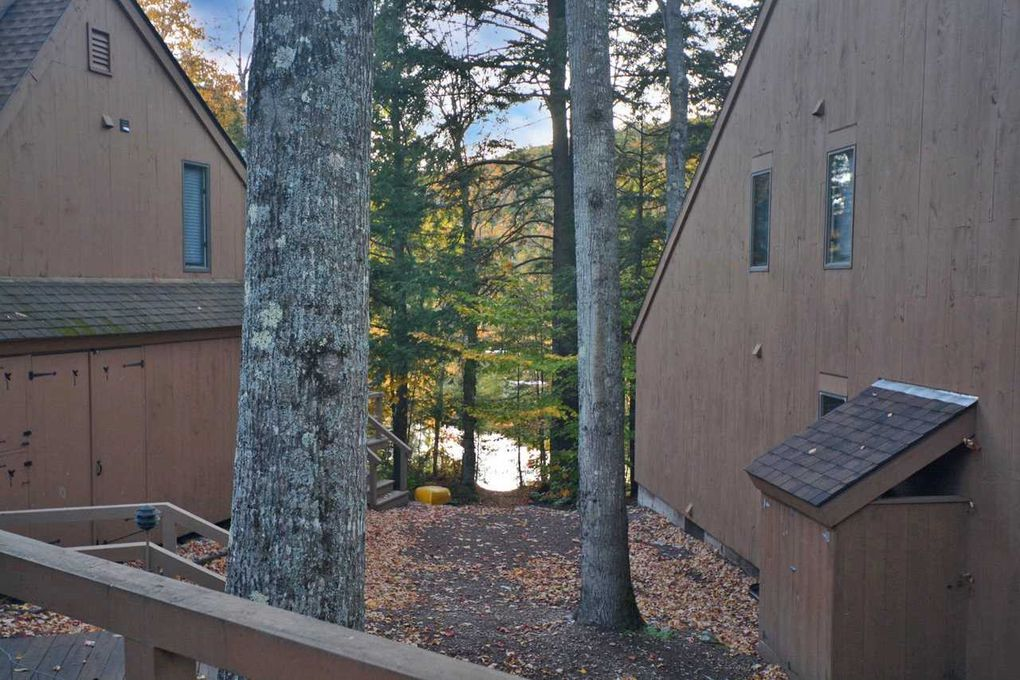21 Pleasant Dr Grantham, NH 03753