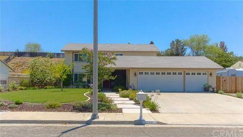 6266 Promontory Ln, Riverside, CA 92506