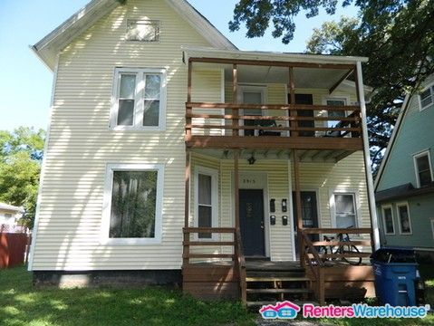 Photo of 2915 Cottage Grove Ave Apt 3, Des Moines, IA 50311