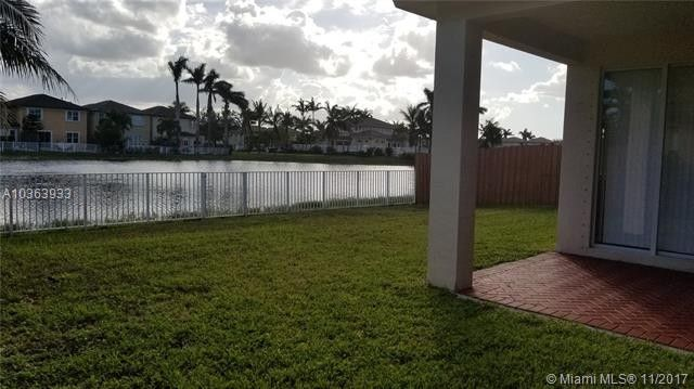 11248 Nw 77th Ter, Doral, FL 33178