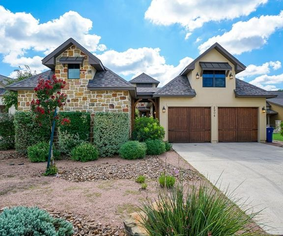 2904 rock barn dr kerrville tx 78028 home for sale