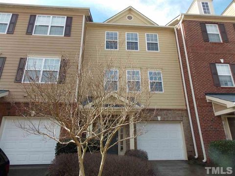Photo Of 111 Gallent Hedge Trl Apex Nc 27539 Townhome For Rent