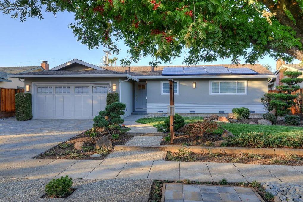 1693 Canna Ln, San Jose, CA 95124 - realtor.com®