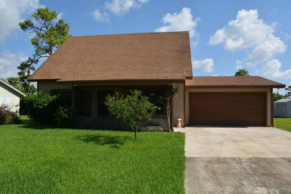 5345 Pinetree Dr Delray Beach, FL 33484