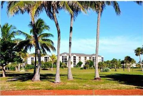 275 Palm Ave Apt C203, Jupiter, FL 33477