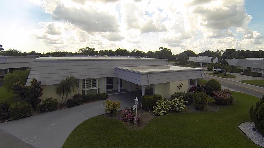 388 Villa Dr S, Atlantis, FL 33462