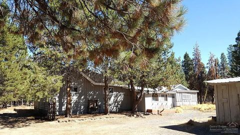 Photo of 146485 Highway 97 N, Gilchrist, OR 97737