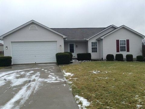 13 Forest Pond Dr, Monroe, OH 45044