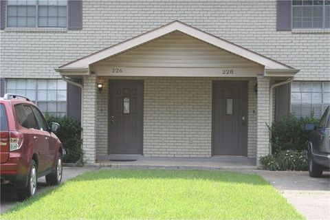 228 Phosphor Ave, Metairie, LA 70005