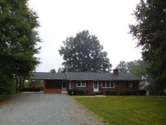 2158 Leda Grove Rd, Nathalie, VA 24577 - realtor.com®
