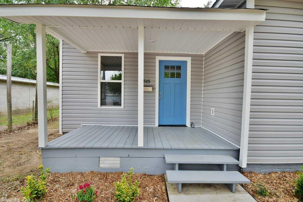 515 1st St, Conway, AR 72032