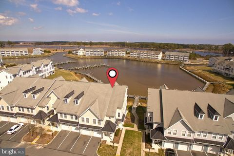 Photo of 10800 Navy Page Ln Unit 504, Berlin, MD 21811