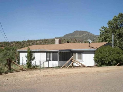 23 Old Railroad Dr, High Rolls Mountain Park, NM 88325
