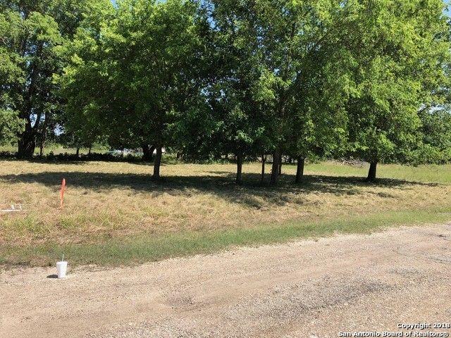 Broken Spur Lot 16, Bandera, TX 78003
