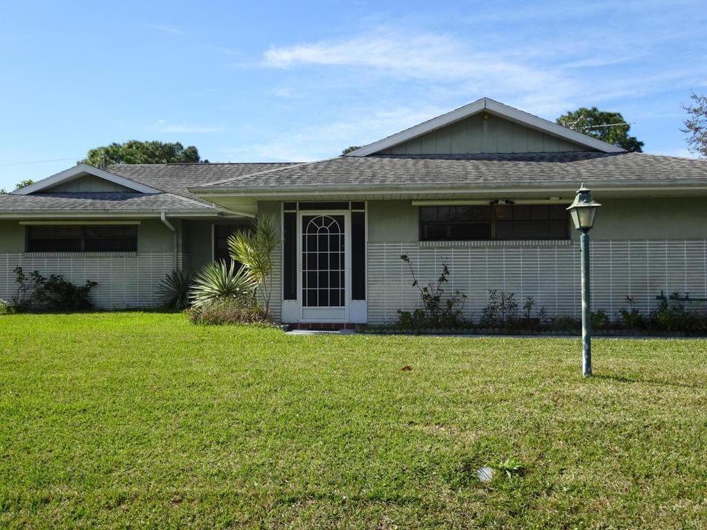 550 NE Emerson Dr Palm Bay, FL 32907