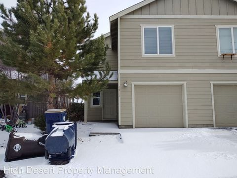 Photo of 1233 Sw 27th St, Redmond, OR 97756