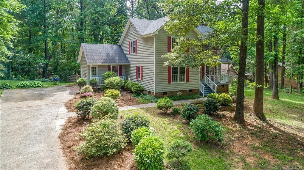 9513 Goldsmith Ln Mint Hill, NC 28227