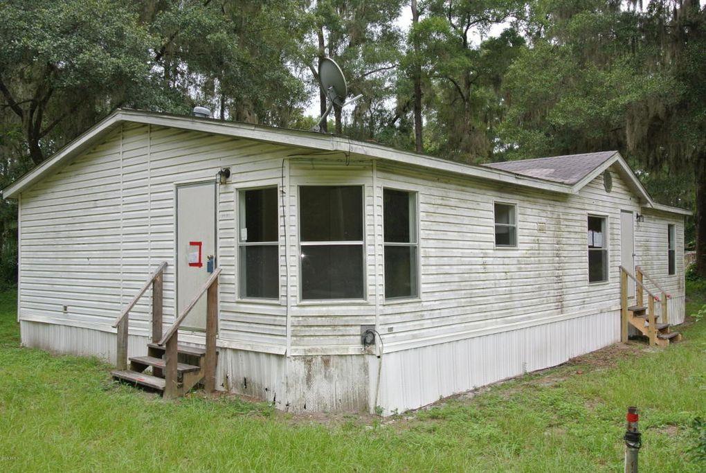 1970 NW 46th Ln Ocala, FL 34475