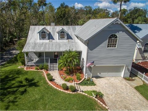 1040 N Stoney Pt Crystal River FL 34429