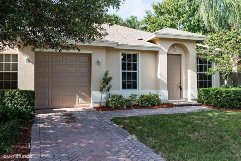 9971 E Villa Cir, Vero Beach, FL 32966