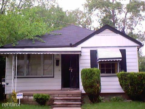 Photo of 9991 Stahelin Ave, Detroit, MI 48228