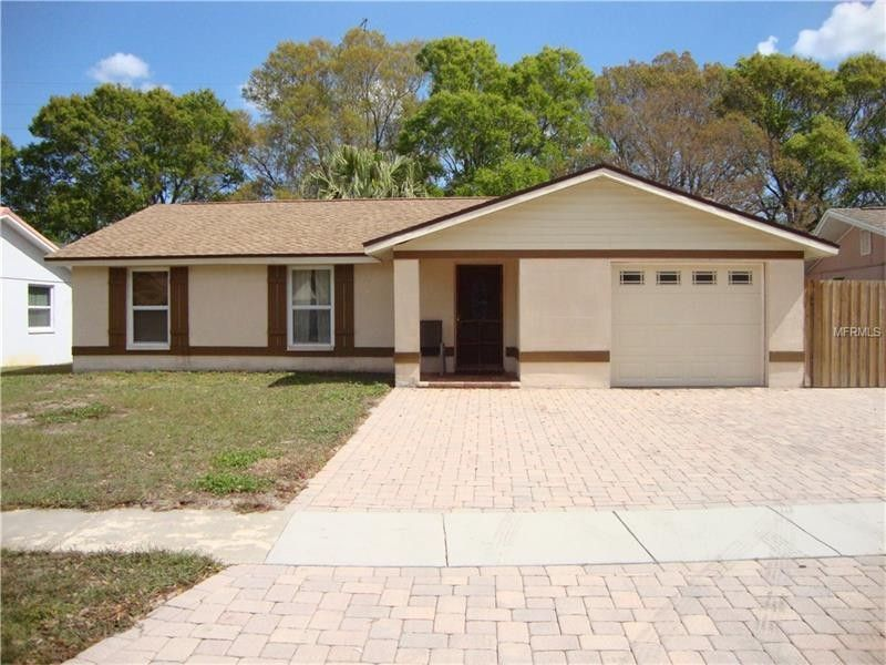 2017 Whitney Dr Clearwater, FL 33760