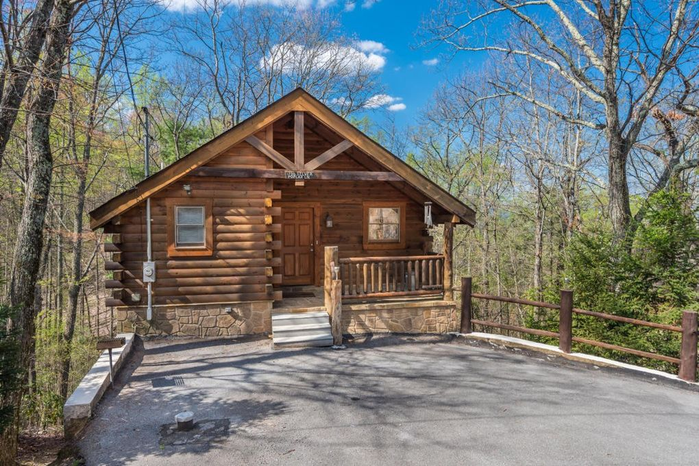 timber realestateandhomes tn cabins ridge for realtor com sevierville detail way sale