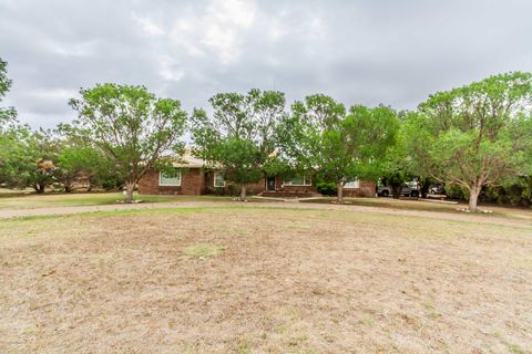Photo of 1201 S Avenue K, Hereford, TX 79045