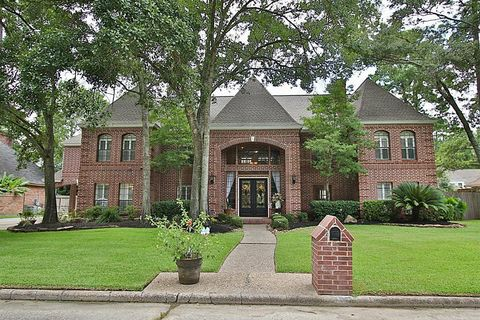5 Bedroom Homes For Sale In Woods Of Wimbledon Houston Tx