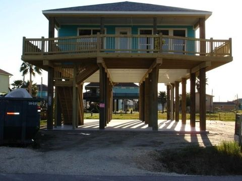 Photo of 935 Eastview, Crystal Beach, TX 77650
