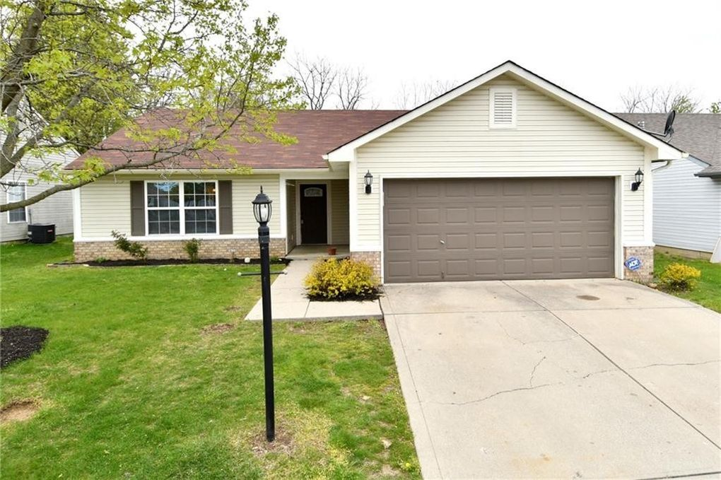 8316 Southern Springs Dr Indianapolis, IN 46237