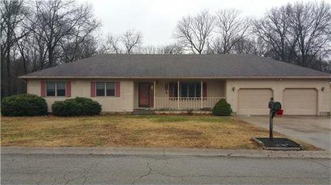 204 Oak St, Pittsburg, KS 66763