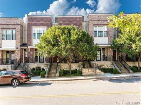 Photo Of 77 Stamford St Asheville Nc 28803 Condo Townhome For Rent