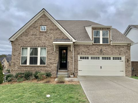 Photo of 6123 Christmas Dr, Nolensville, TN 37135
