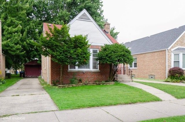 7122 N Melvina Ave Chicago, IL 60646