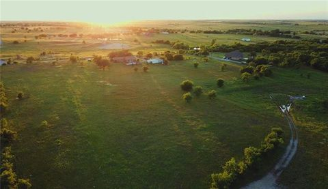 1463 County Road 4522, Decatur, TX 76234